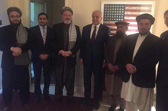 زلمی خلیلزاد با رئیس شورای عالی صلح افغانستان دیدار کرد