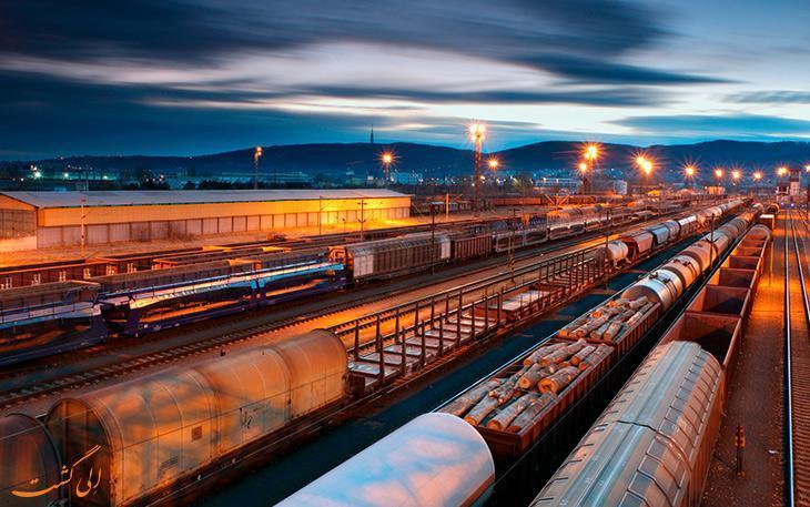 آشنایی با قوانین حمل بار و خودرو با قطار