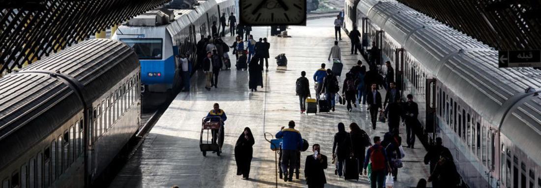 خط 3 مترو تهران به راه آهن متصل شد ، مسافران می توانند پس از رسیدن به تهران مستقیم وارد مترو شوند