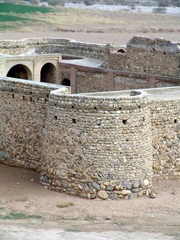 مرمت قلعه کنجانچم در استان ایلام ادامه می یابد