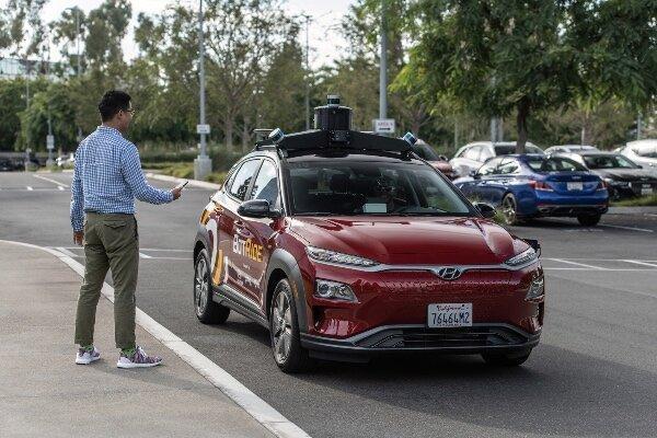 ساکنان کالیفرنیا مجانی سوار تاکسی خودران می شوند