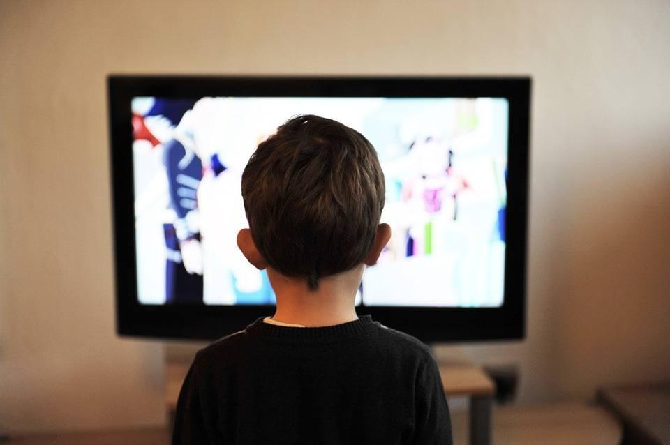 نشست تخصصی نسل تلویزیون در دانشگاه آزاد کرج برگزار می شود