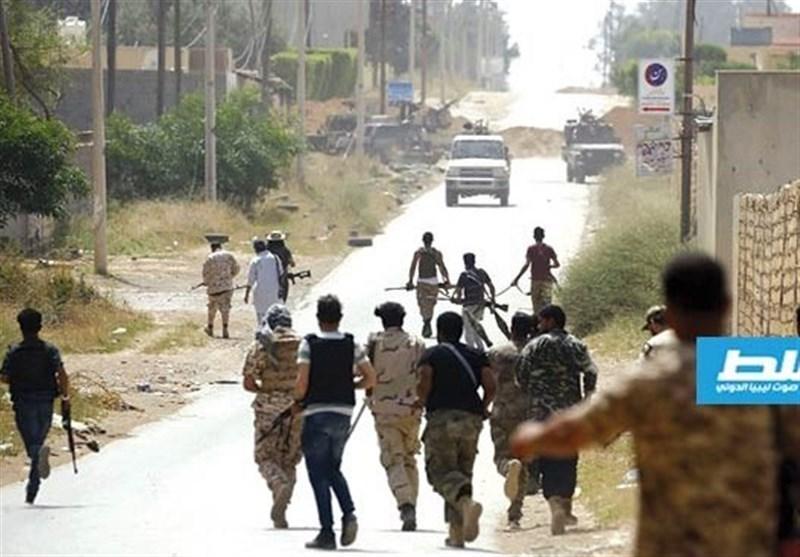سوریه، ثبت نام اعزام افراد مسلح به لیبی با حقوق ماهانه