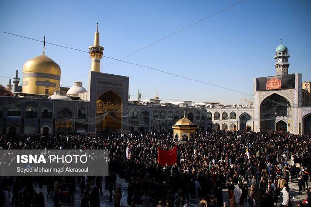 تشرف کاروان پیاده 1000 نفری ملل اسلامی به حرم مطهر رضوی