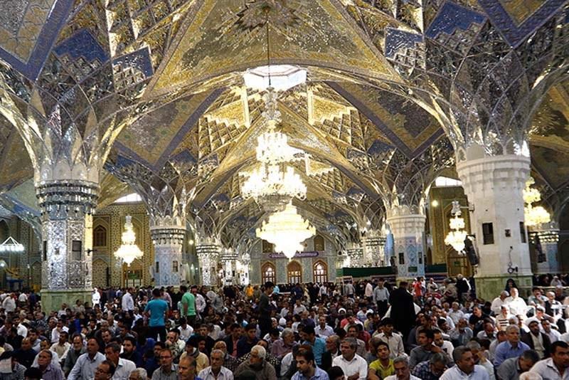 تاریخچه رواق امام خمینی (ره) ، از معماری خاص و حساب شده تا تغییر کاربری به نفع مردم