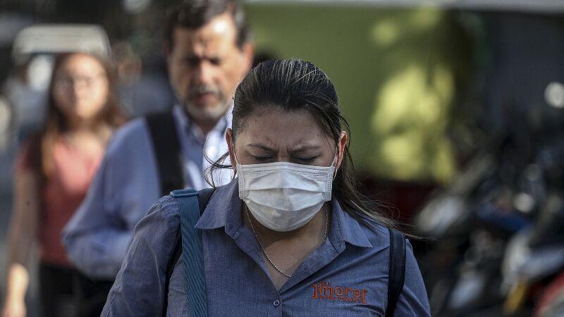 خبرنگاران تشدید شیوع کرونا سبب قرنطینه کامل پایتخت شیلی شد