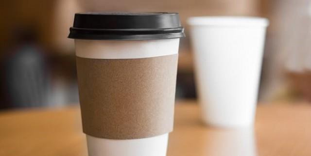 با لیوان کاغذی، مایعات داغ ننوشید!